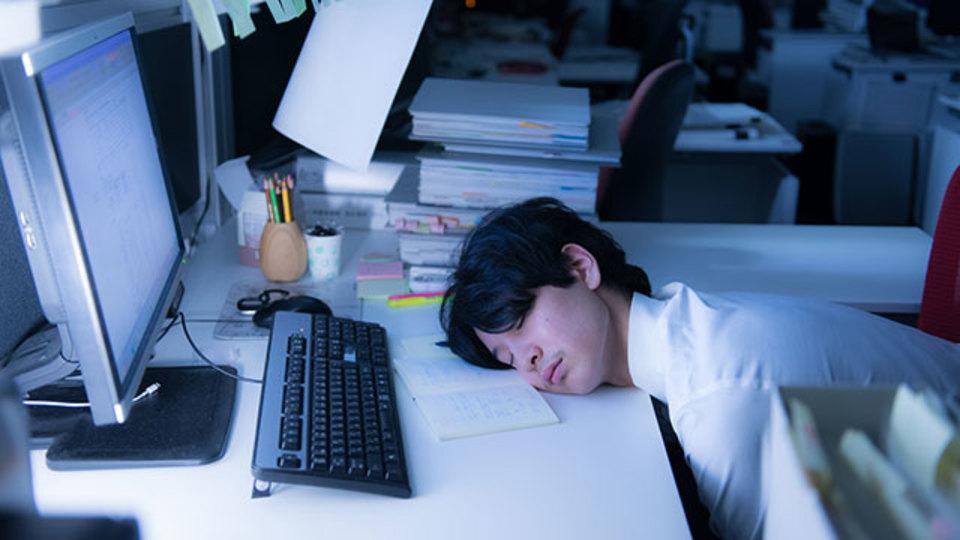 日本企業 継続雇用年齢 65歳 70歳 引き上げる