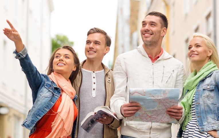 海外旅行 使える 英語 フレーズ