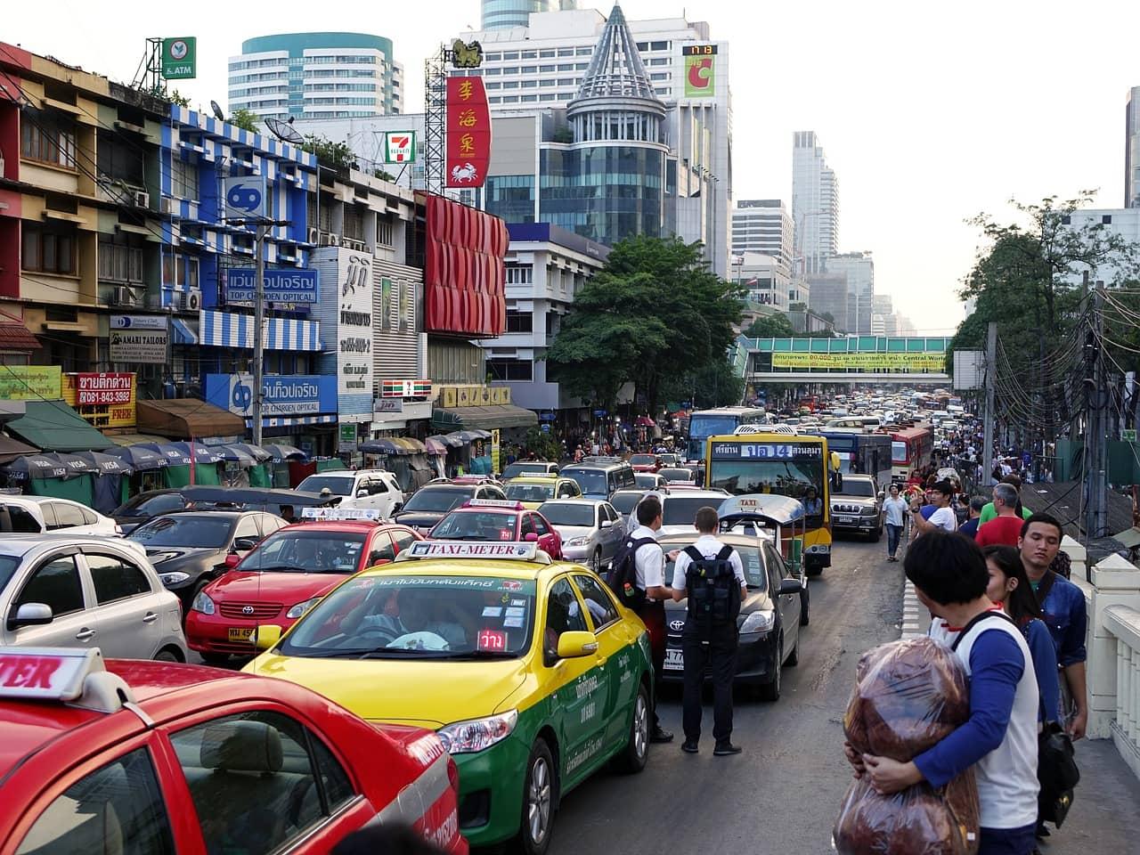 タイ 日本 違い 横断歩道