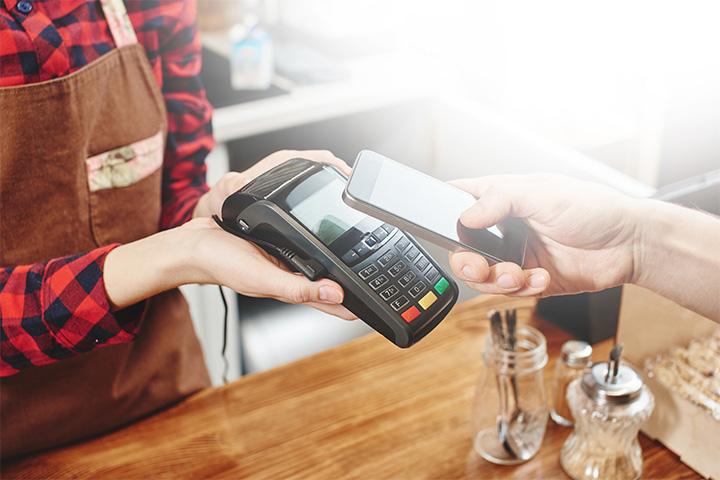 消費増税対策 キャッシュレス決済 ポイント還元 3割 システム開発