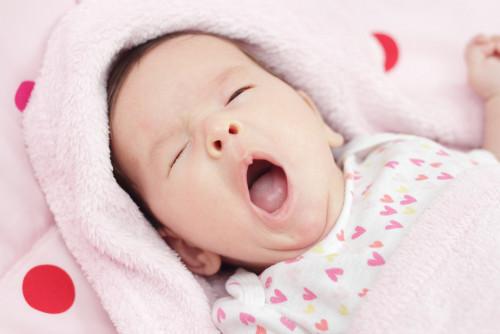 日本 出生率 過去最少 92万人