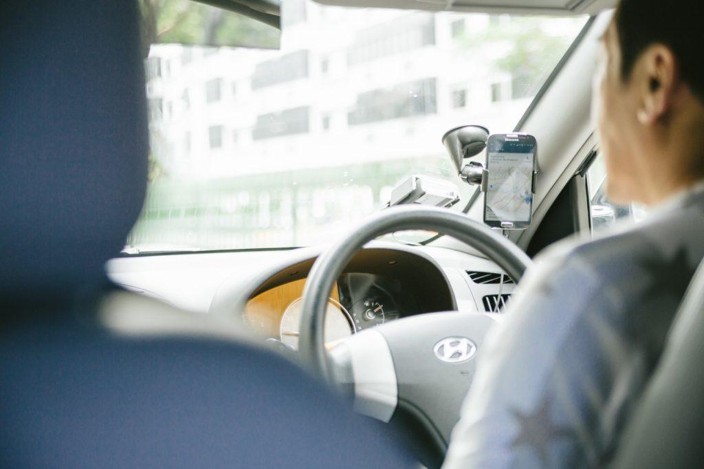 長距離移動 車 運転 労働時間