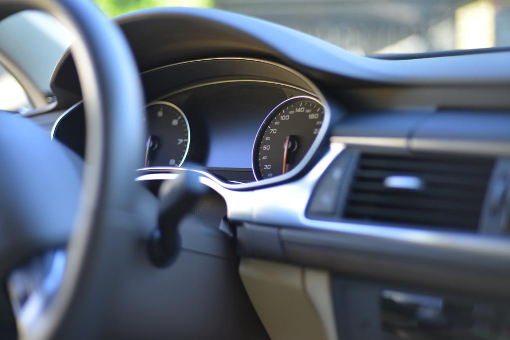 自動車 走行距離 課税 税制