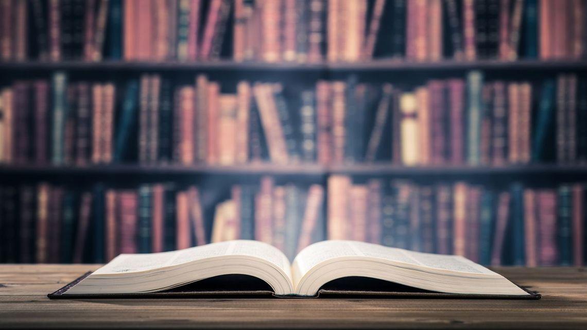 サラリーマン 読書