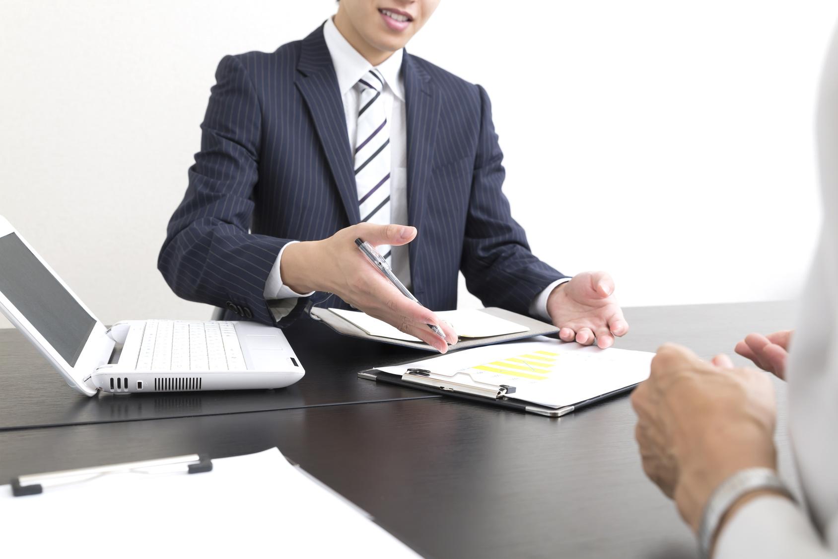 かんぽ生命 認知症女性 月額25万円 保険契約