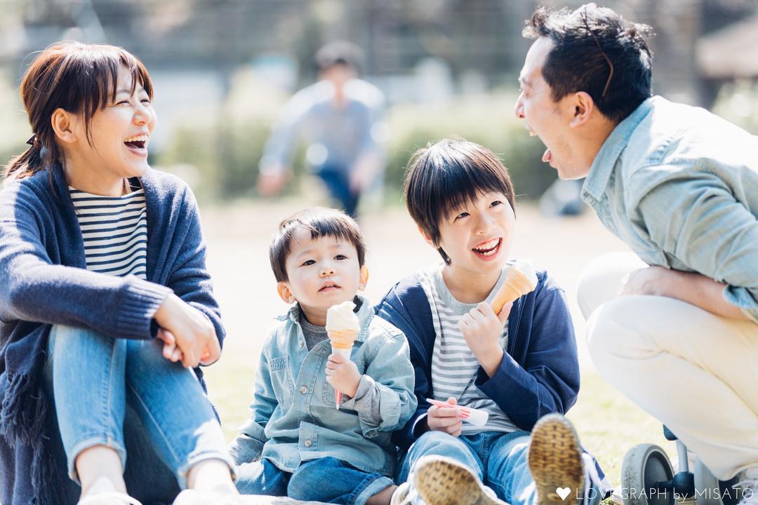 日本 夫婦と子の家族 3割弱 2040年 単身世帯 構成比 約4割