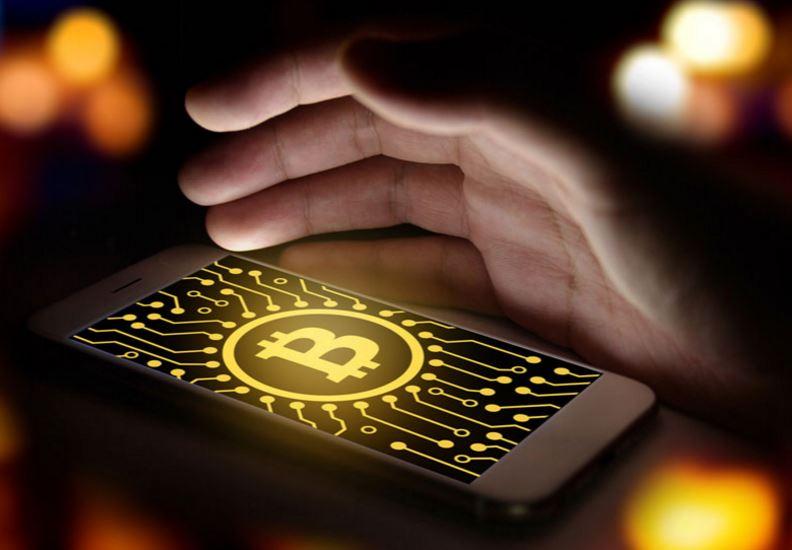10年後のビットコイン価格は?──仮想通貨投資家の最新意識調査