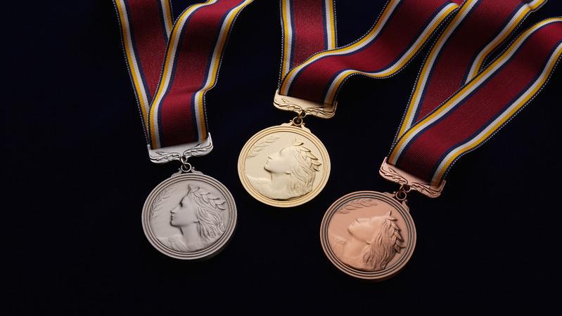 東京オリンピック 銀メダル 足りない