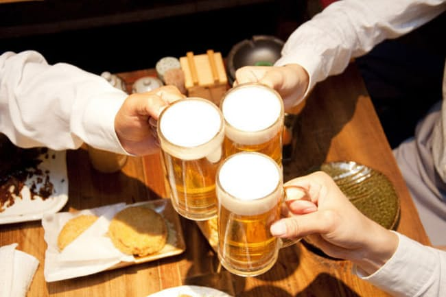 WHO(世界保健機関) アルコール 税率