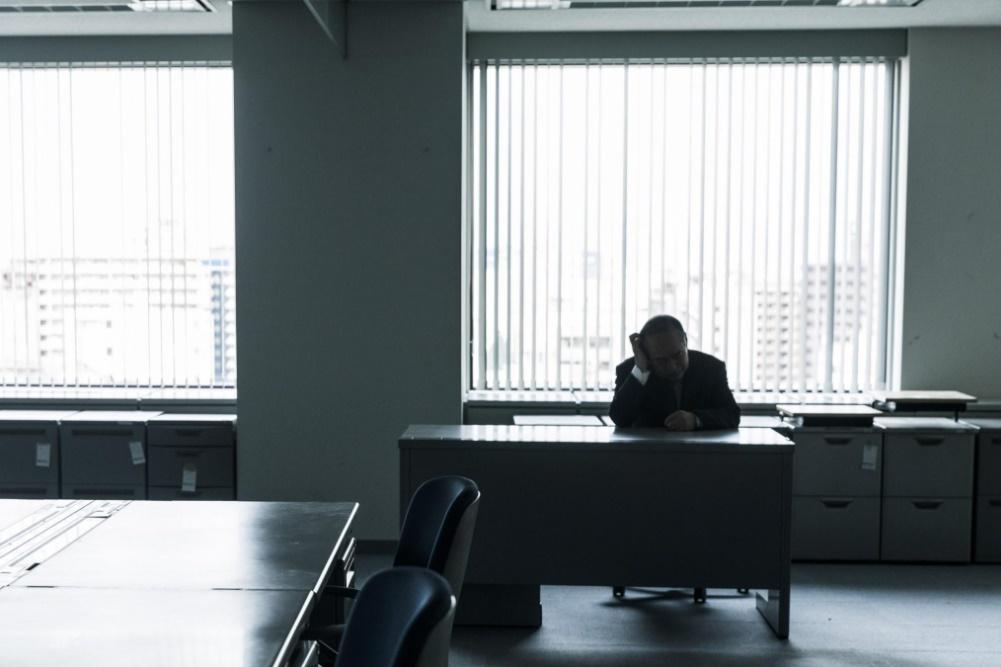 日本 企業 人手不足 倒産 最多ペース