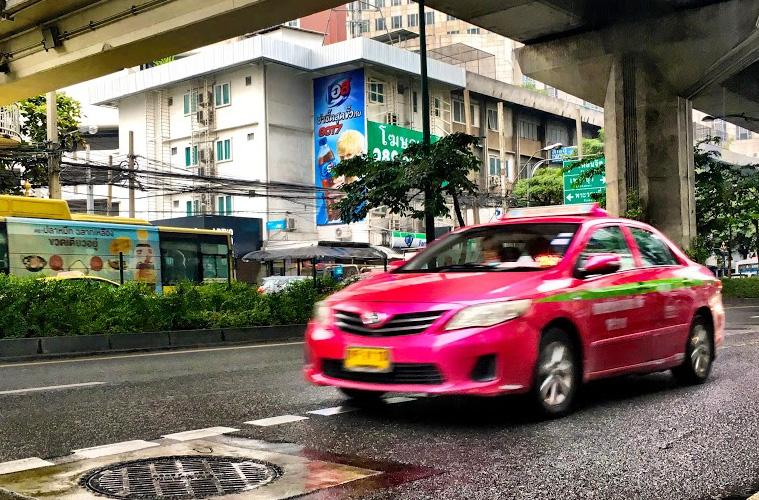 タイ タクシー Grab(グラブ)