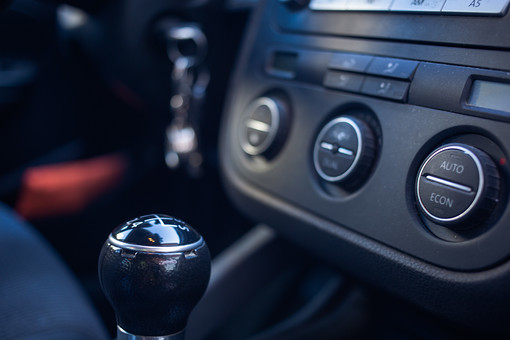 自動車税 走行距離 課税
