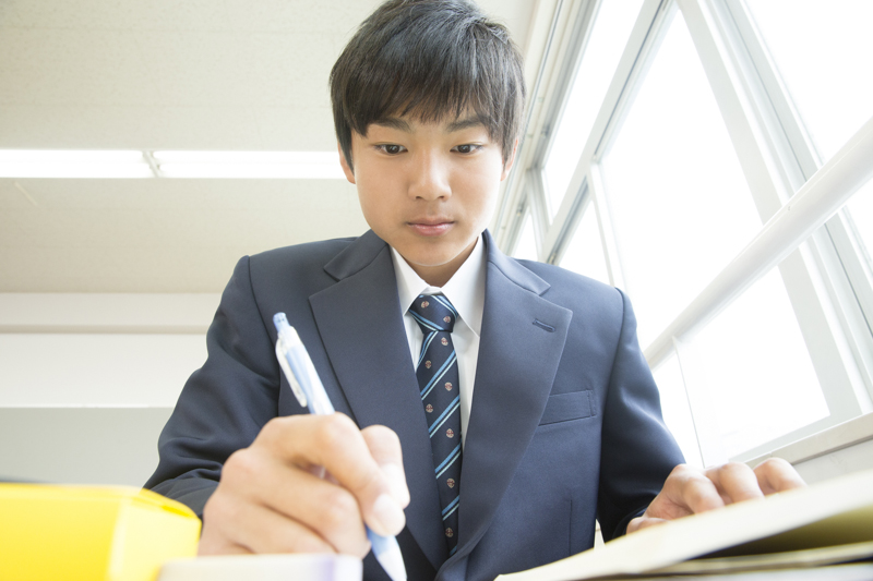ブラック校則 日本