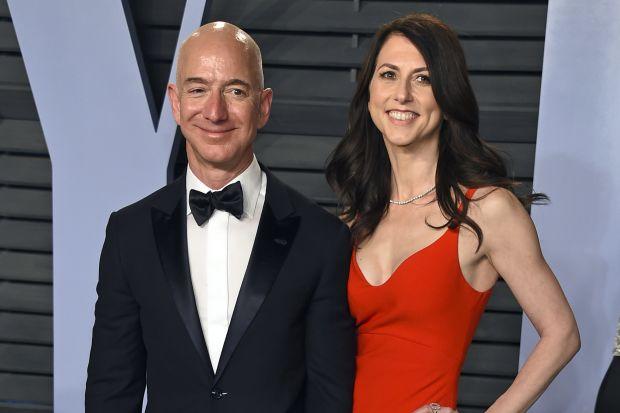 Amazon(アマゾン) ベゾス 妻 財産