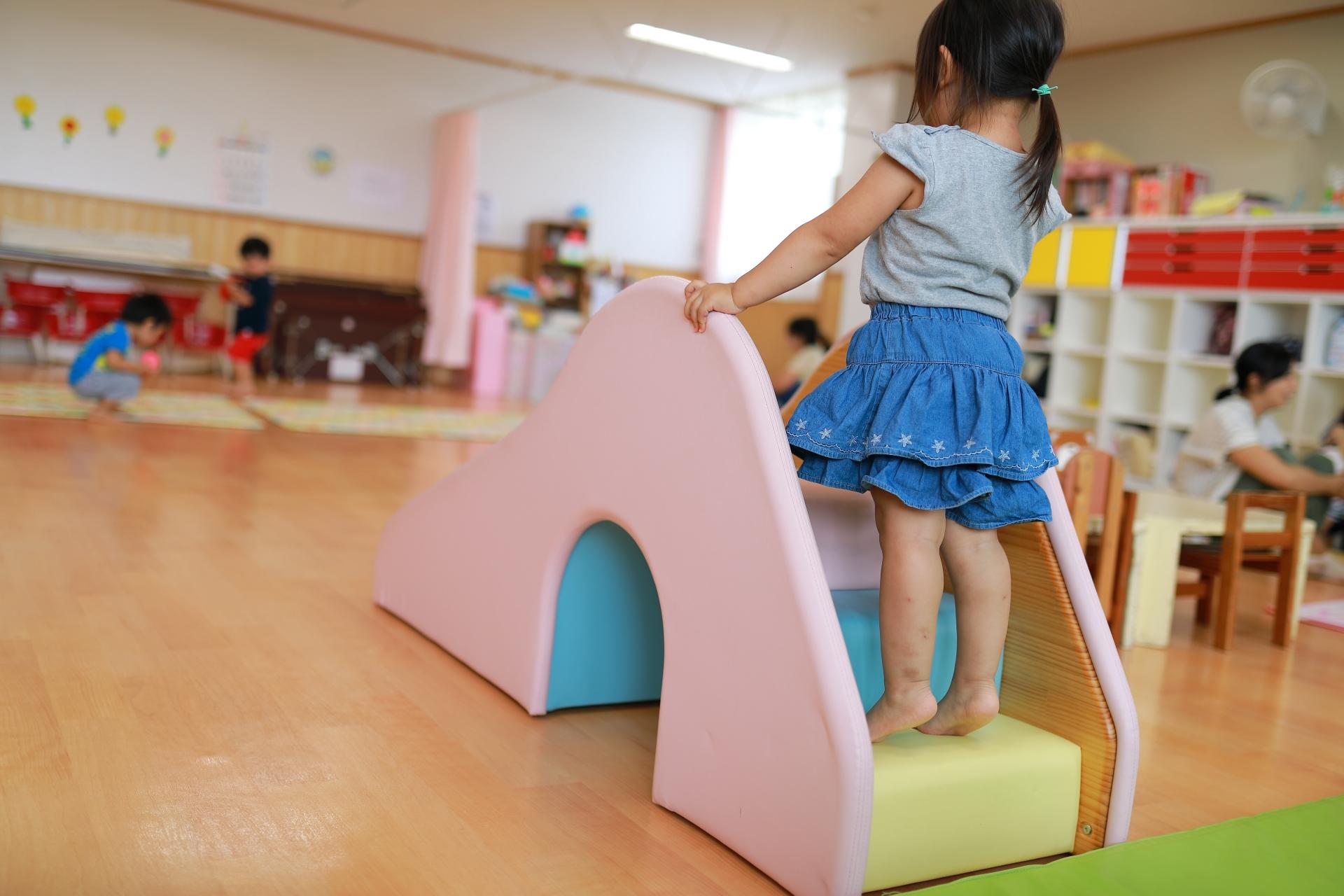 日本 幼保無償化法案 閣議決定